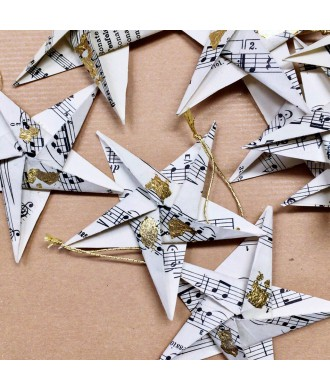 étoiles origami feuille d'or
