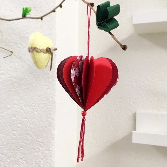Fête des mamans: Pampille cœur en papier